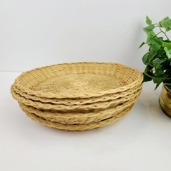 5 vintage wicker baskets